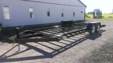 Picking up the flatbed from Long Haul Trailer Sales in Atwood, ON